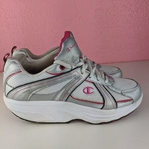 Champion women's walking shoe size 8